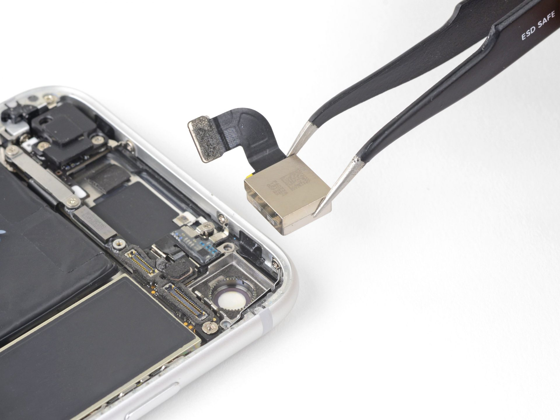 iPhone 8 hátlap kamera cseréje