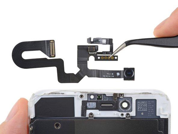 iPhone 8 előlapi kamera cseréje