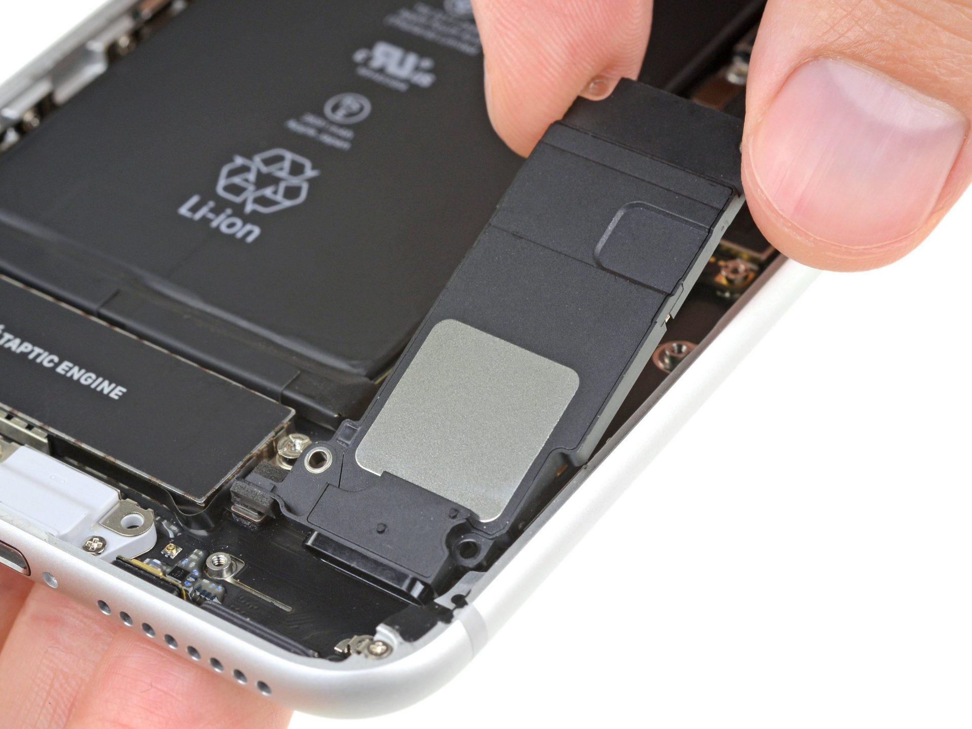 iPhone 8 Plus csengőhangszóró cseréje