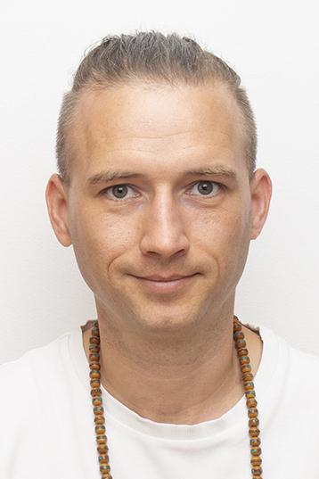 Gődér Gábor Üzletvezető
